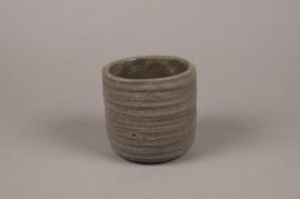 A034AC Cache-pot en béton strié brun D11cm H11cm