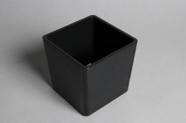 A035I0 Glass cube vase black 14x14cm H14cm