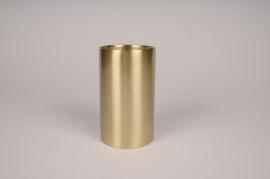 A036E0 Bougeoir cylindre métal or D8.5cm H15cm