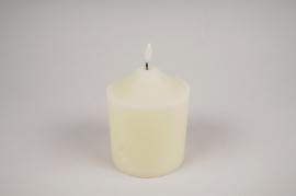 A037A1 White pilar wax candle LED D10cm H15cm