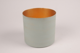 A038JY Green metal planter D15.5cm H14.5cm