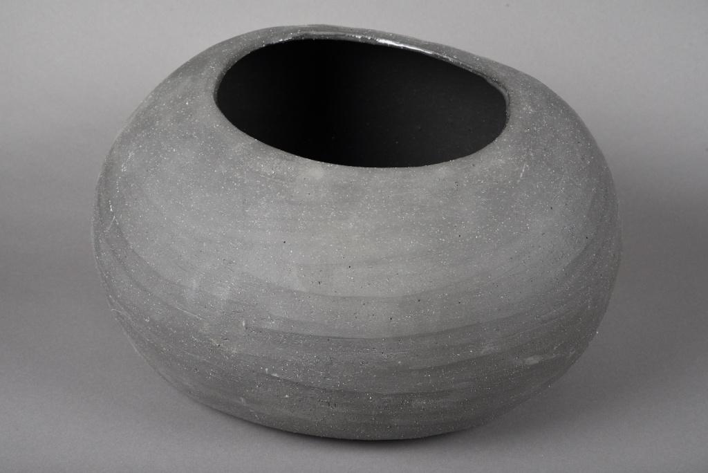 A039N8 Cache-pot en terre cuite gris 40x33cm H22cm