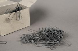 A043MO 1kg box jumper nails 6cm