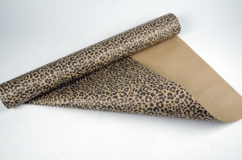 A044RB Roll of kraft paper desing leopard 70cm x 50m