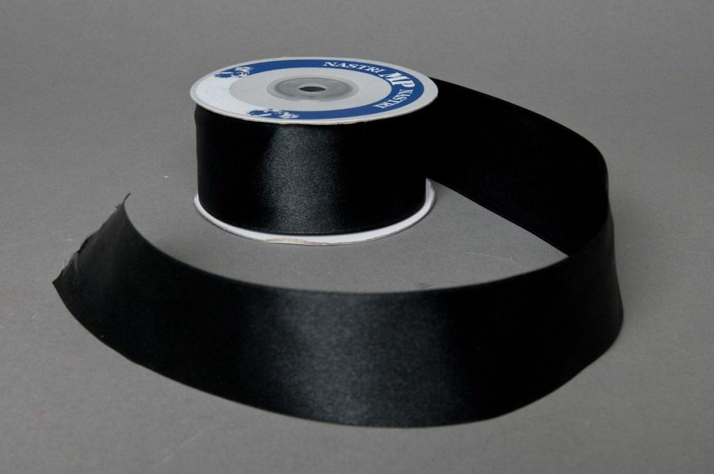 A045UN Ruban satin noir 40mmx25m