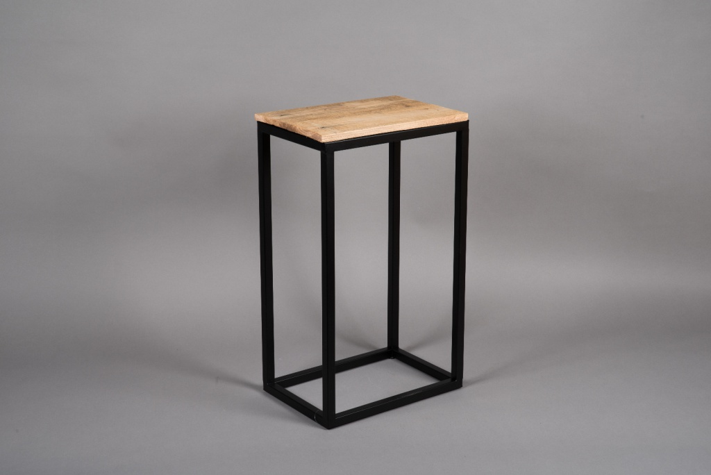 A046AY Wooden and metal stand 24cm x 53.5cm H59.5cm