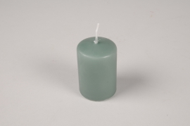 A047RP Boîte de 24 bougies cylindre vert d'eau D4cm H6cm