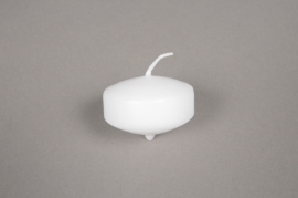 A048E2 Box of 50 floating candles white