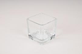 A050NH Vase en verre cube 6x6cm H6cm