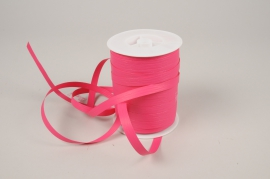A051RB Curling ribbon pink matte 10mm x 250m