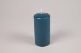 A056RP Boîte de 12 bougies cylindre bleu pétrole D6cm H12cm