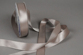 A056UN Satin ribbon grey 25mm x 50m