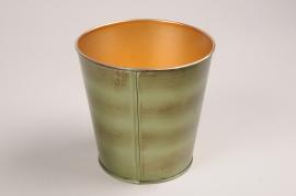 A058JY Green metal planter D12cm H12cm