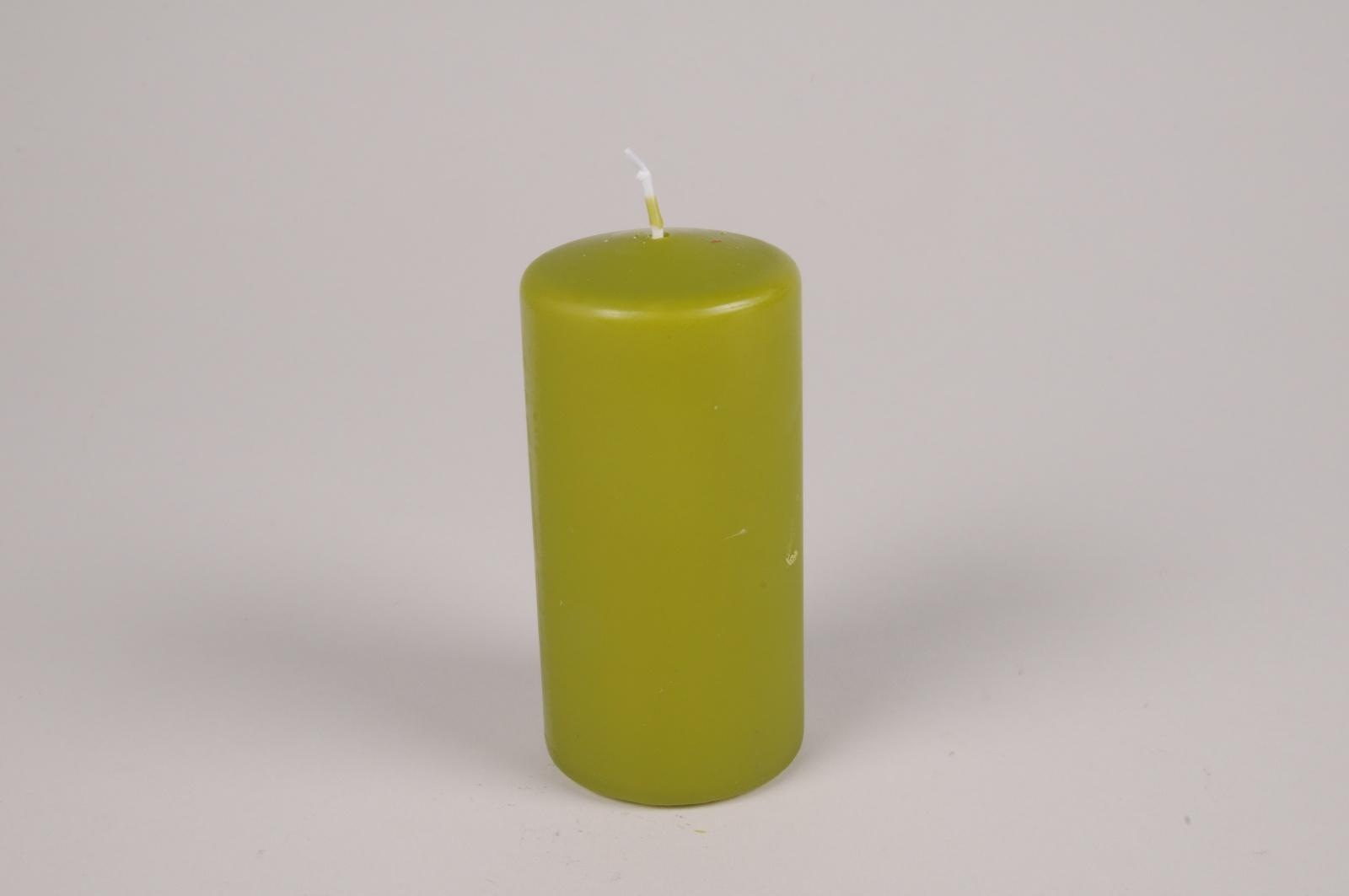 A058RP Boîte de 12 bougies cylindre vert olive D6cm H12cm