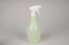 A061K7 Green transparent spray bottle 1 liter