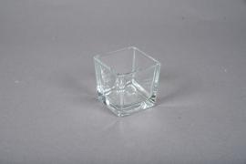 A067IH Vase en verre cube 6cm x 6cm H6cm