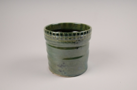 A068LE Green ceramic planter D14cm H15cm