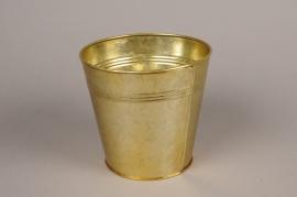 A070E6 Gold zinc planter D15.5cm H14.5cm