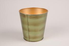 A070JY Green metal planter D22.5cm H21cm
