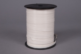 A070ZR Curling ribbon ivory 7.5mm x 500m