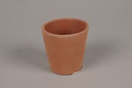 A073T3 Cache-pot en ciment marron D7cm H7cm