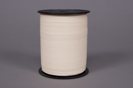A083ZR Curling ribbon ivory matte 10mm x 250m