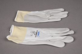 A085L5 Pair of gloves S