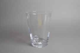 A087I0 Glass vase D20cm H26cm
