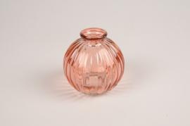 A090R4 Vase en verre boule rose D8cm H8cm