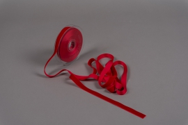 A090UN Ruban de velours rouge 15mm x 9m