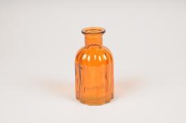 A099R4 Vase bouteille en verre ambre D7.5cm H14cm