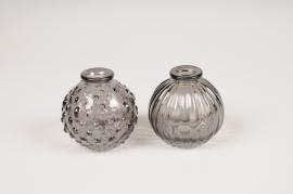 A103R4 Vase en verre boule gris D8.5cm H8.5cm