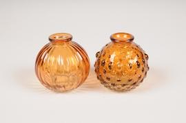 A104R4 Vase en verre boule ambre D8.5cm H8.5cm