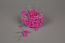 A106MG Box of 250 fuchsia beads on pin 10x60mm