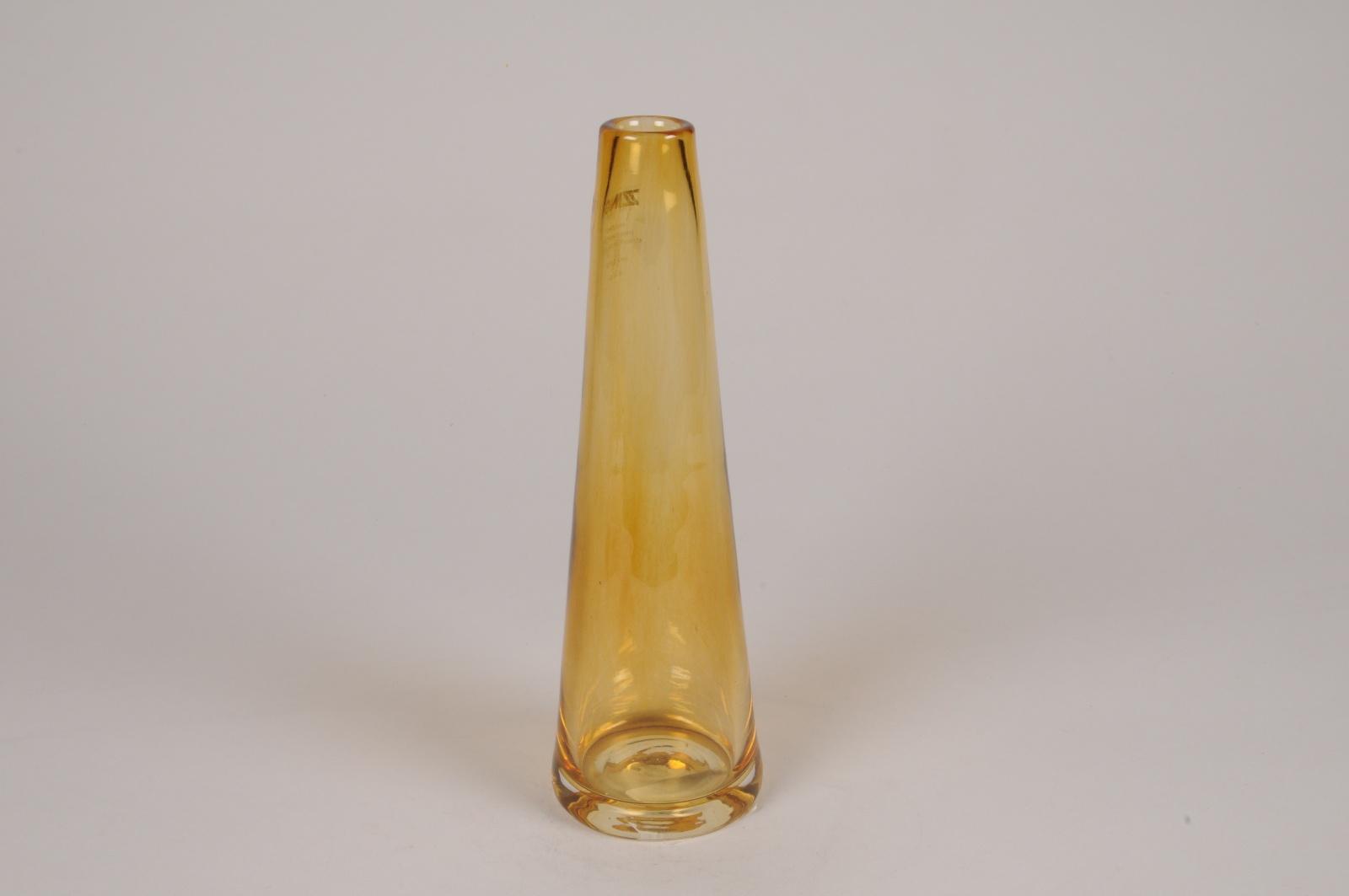 A132R4 Vase en verre ambre D7.5m H24.5cm