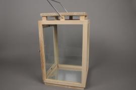 A133HH Lanterne en bois et verre 24cm x 24cm H42cm