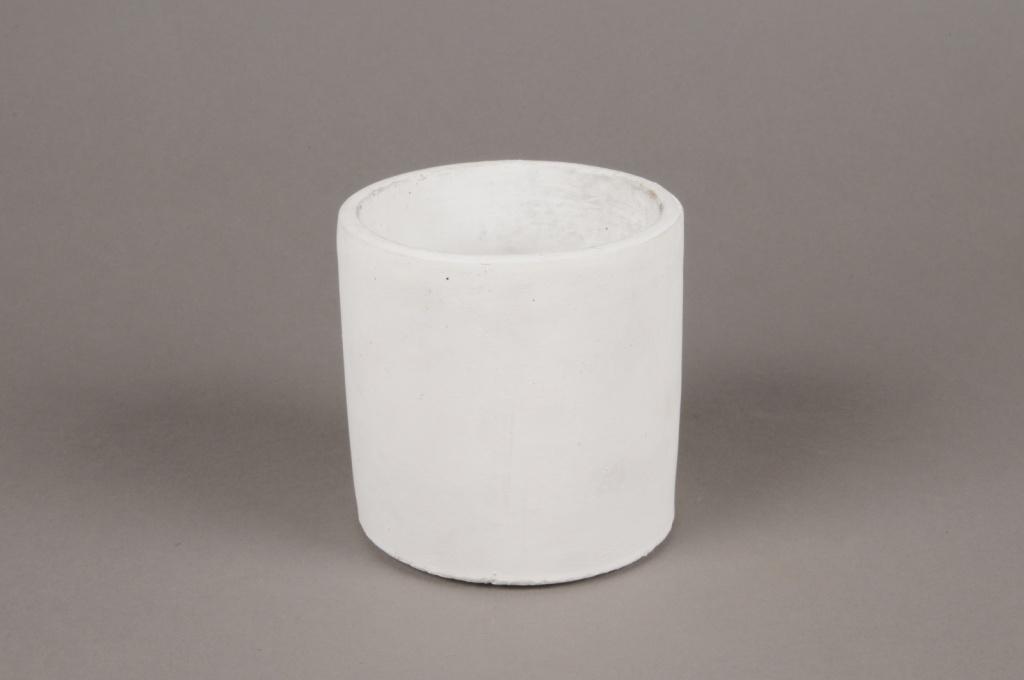 A135TN White terracotta planter D11cm H11cm