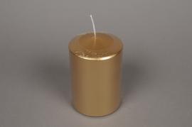 A141E2 Boîte de 6 bougies cylindre or D10cm H15cm