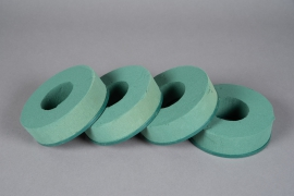 A142T7 Set of 4 floral foam wreath D14cm