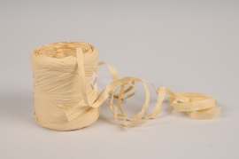 A147ZR Ivory roll of synthetic raffia 200m