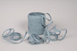 A157ZR Roll of blue synthetic raffia 200m