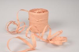 A159ZR Roll of peach synthetic raffia 200m