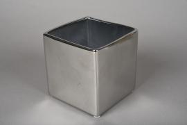 A173VU Cache-pot cube en céramique argent 12.5x12.5cm H13cm