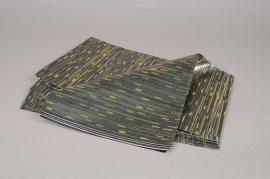 A193BD Paquet de 50 sachets papier métal noir et or 16x25cm