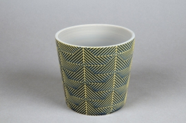 A206DQ Green ceramic planter pot D12.5cm H11cm