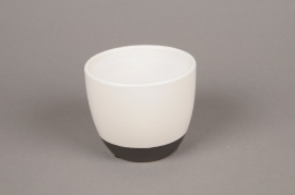 A221HX White ceramic planter D11cm H9cm