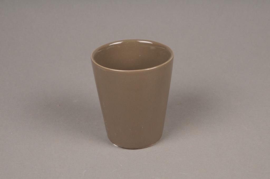 A256WV Brown ceramic pot D7cm H9cm