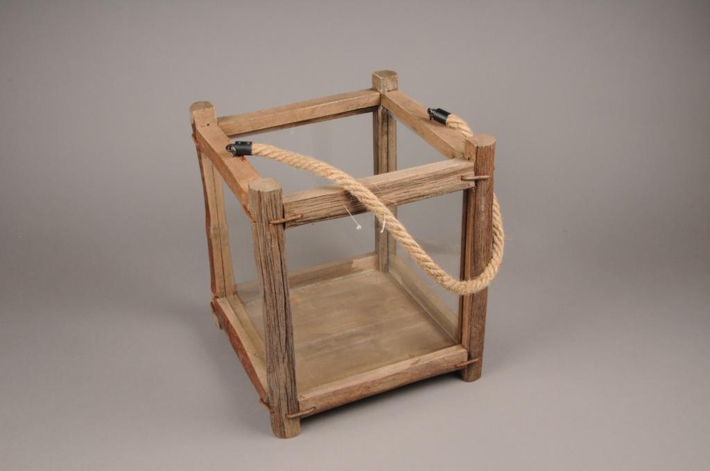A262U7 Wooden and glass window-box 29x29cm H33cm