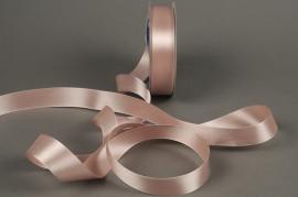 A293UN Satin ribbon pink 25mmX50m