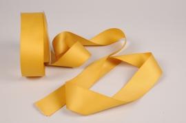 A329UN Gold satin ribbon 40mm x 15m